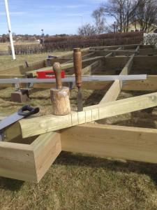 Ett rejält timmermansjärn bör ha en given plats i varje altanbyggares verktygslåda!