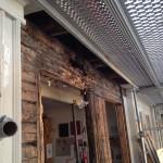 Rötskador i husets hammarband (samt underliggande timmervarv)